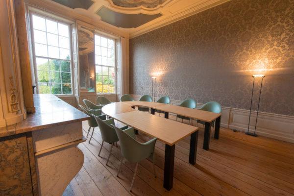 voorstraat-125-opstelling-conferentietafel